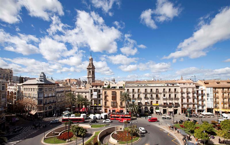 Expats move to Valencia