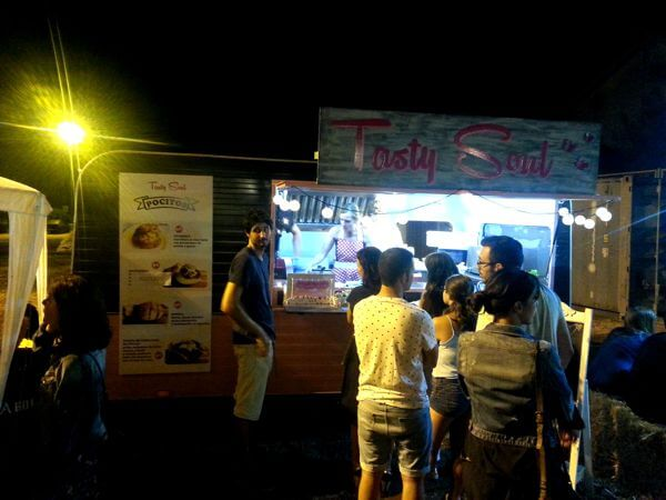 tosty soul pocitos food truck