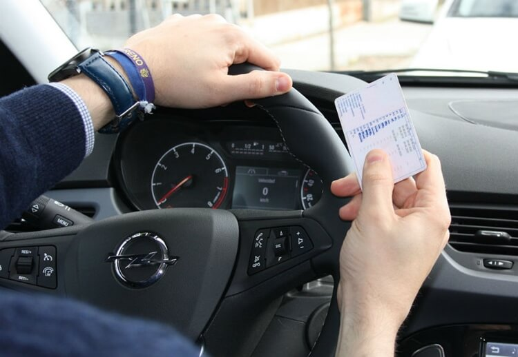 Exchange EU driving licence to Spanish one